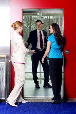 Smalltalk im Fahrstuhl